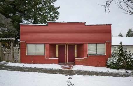 3 Bedroom House/Single Family in Vancouver at 3629 FRASER STREET